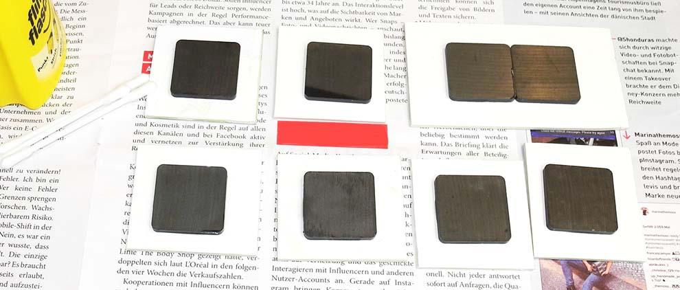 Magnete und Bildplatten verbinden