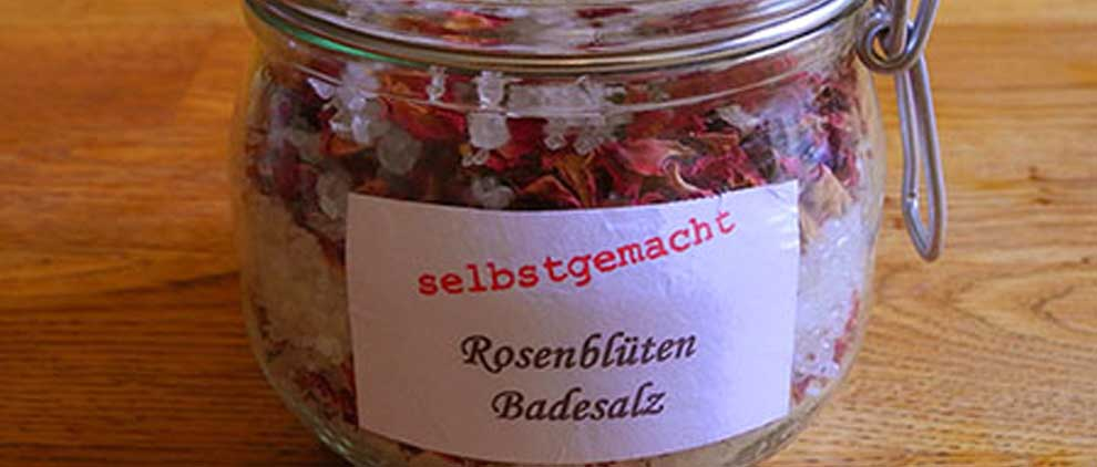 Rosenbl ten badesalz zum selber machen - Fruhlingsdeko selbstgemacht ...